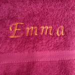 Handtuch bestickt mit Namen - ideales Geschenk zur Geburt