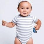 Baby Body mit Muetze