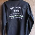 Bluse mit Rueckenstick 975 Jahre Pfieffe
